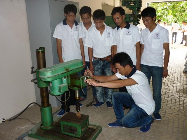 Đào tạo nghề cơ khí