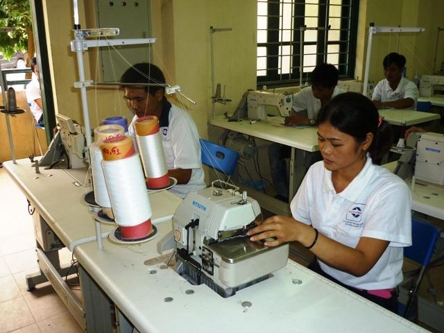 Nhật Bản cần nhiều thợ may Việt Nam